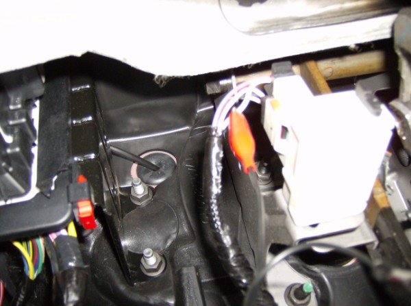 further Diagra further Xlarge Chrysler Pacifica Knee Air Bag as well Dodge Neon Brake Wire X further Aspen Chrysler Wire Jbs Units. on bulldog security wiring diagrams chrysler